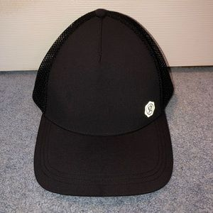 Lululemon SeaWheeze Special Edition Trucker Hat